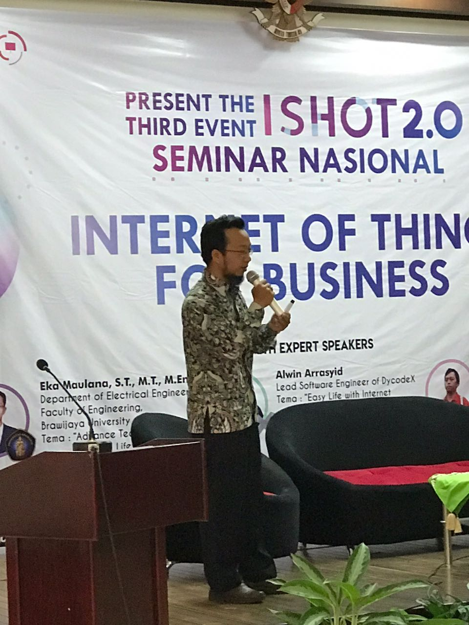 Seminar Nasional - IoT for Business